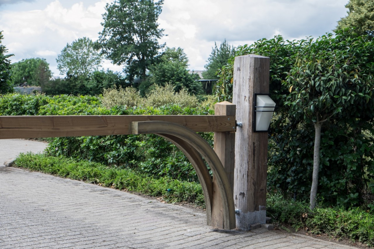 Kunstobjecten Voor Tuin : Objecten en beelden tuin hoveniersbedrijf de nieuwe tuin